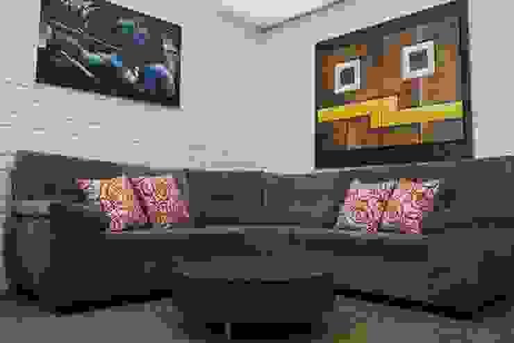sofa tipo L de tres partes de LA CORTINERIA Moderno Textil Ámbar/Dorado