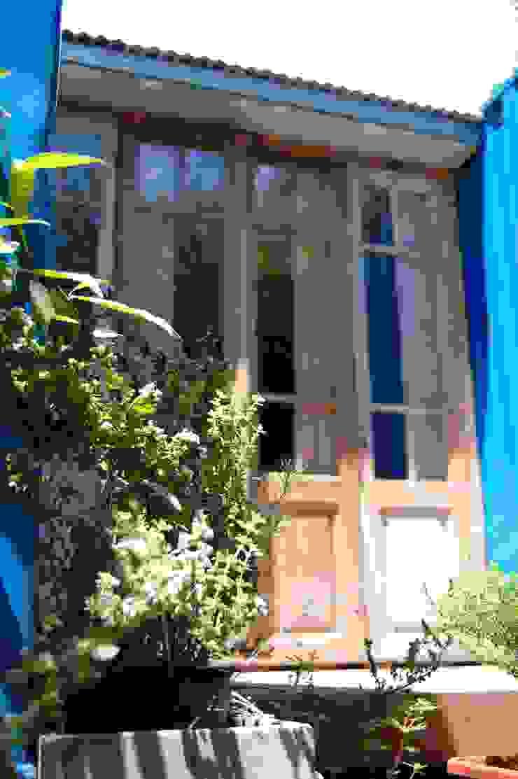 Industriale Häuser von Guadalupe Larrain arquitecta Industrial