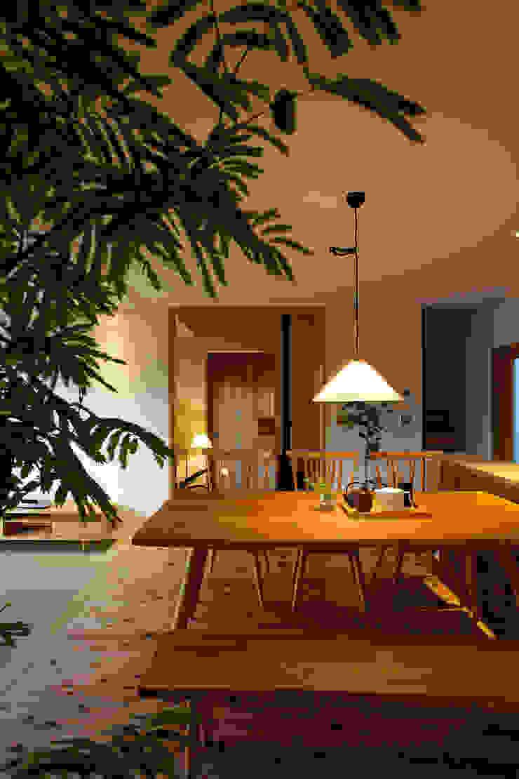 毛見の家 和風デザインの リビング の 辻健二郎建築設計事務所 和風
