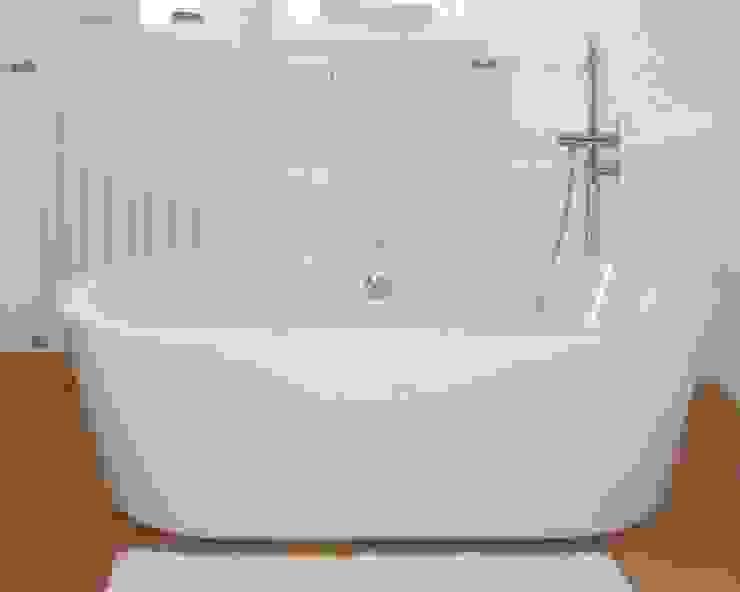 Maxxwell AG BathroomSinks White