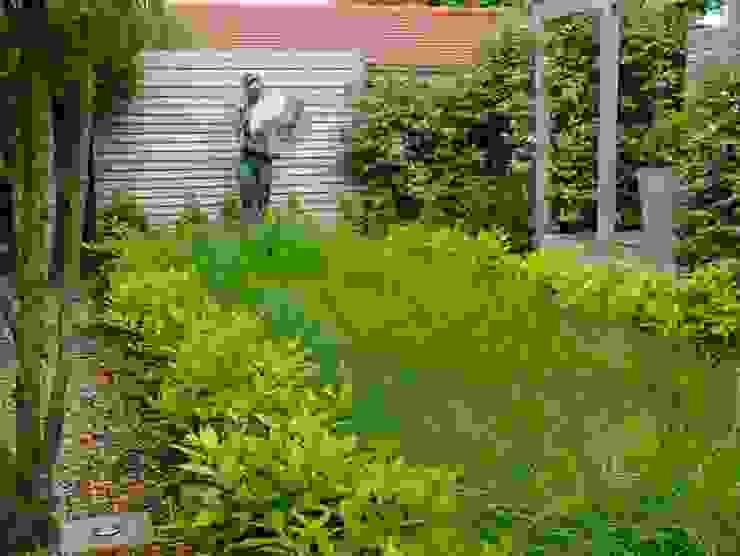 Coastal sculpture garden homify Modern garden