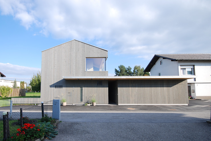 モダンな 家 の schroetter-lenzi Architekten モダン