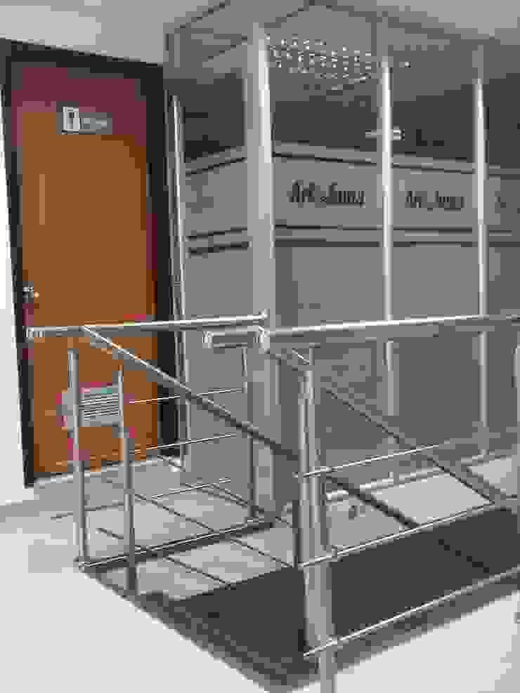 Modern offices & stores by Forma y Espacio Arquitectos Constructores CA Modern Aluminium/Zinc