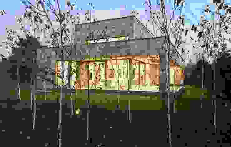 Casas estilo moderno: ideas, arquitectura e imágenes de Paul Marie Creation Garden Design & Swimmingpools Moderno