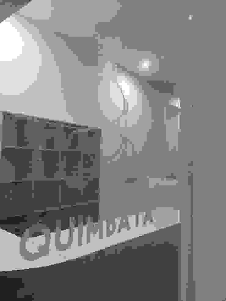 JOYERIA QUIMBAYA Estudios y despachos modernos de Liferoom Moderno