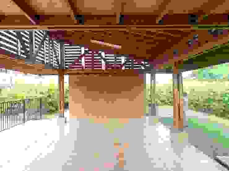 ZONA SOCIAL CR ENTRE PARQUES CLUB Salas de estilo rústico de ARQUITECTONI-K Diseño + Construcción SAS Rústico