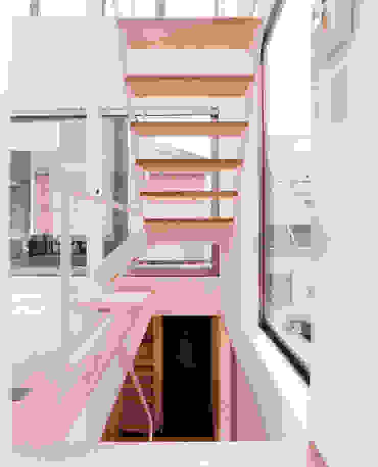 小金井の家 ミニマルデザインの リビング の hamanakadesignstudio ミニマル