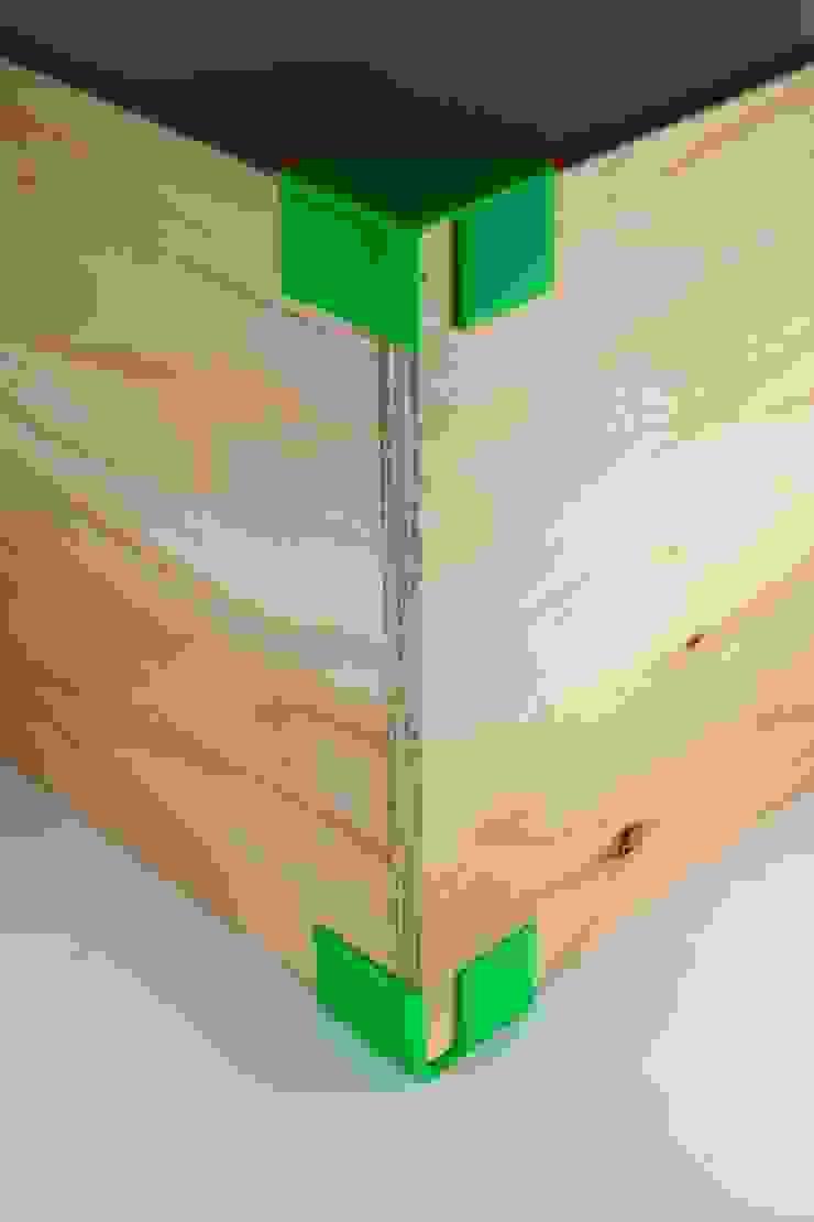 Packing Shelf: hamanakadesignstudioが手掛けた折衷的なです。,オリジナル