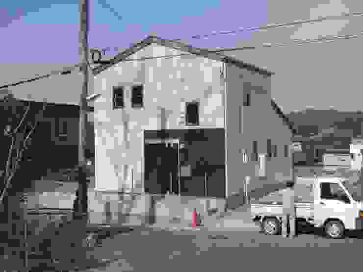 Modern Houses by 羽鳥建築設計室 Modern
