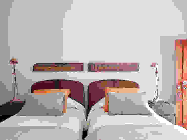 Bedroom by SA&V - SAARANHA&VASCONCELOS,