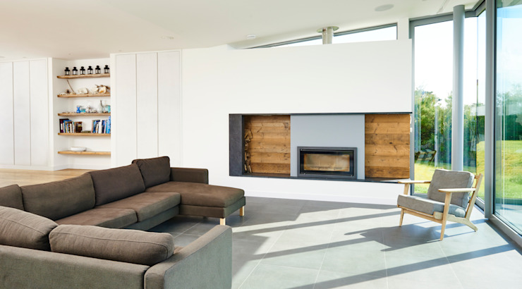 Sandhills Living Room and Fireplace Modern living room by Barc Architects Modern