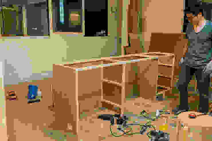DIY 부엌 하부장 만들기 : 바라다봄 스튜디오의 스칸디나비아 사람 ,북유럽