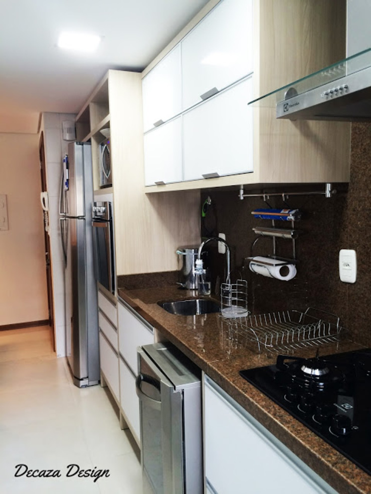Cozinha Pequena Planejada Cozinhas modernas por DecaZa Design Moderno MDF