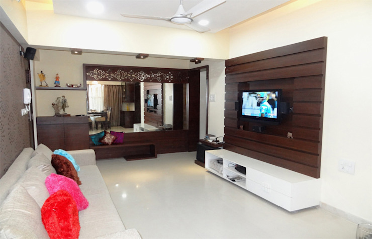 Mr. Pramod Joshi Modern living room by UNIQUE DESIGNERS & ARCHITECTS Modern
