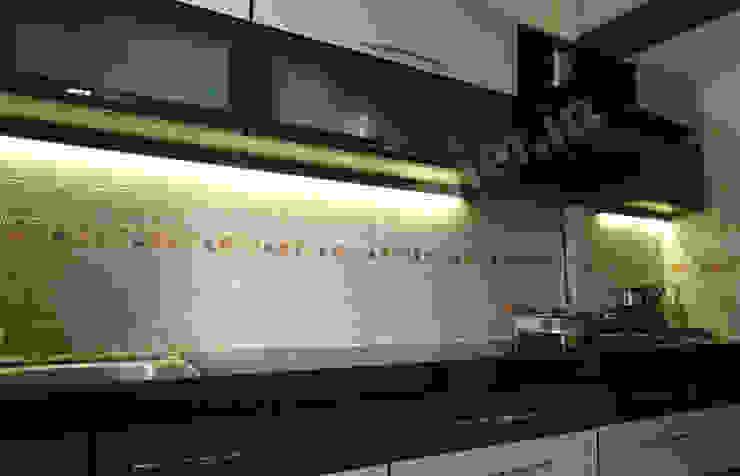Mr. Krishnamurti Modern kitchen by UNIQUE DESIGNERS & ARCHITECTS Modern