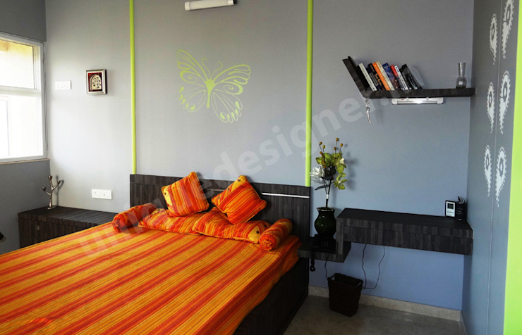 Mr. Juneja House Modern style bedroom by UNIQUE DESIGNERS & ARCHITECTS Modern