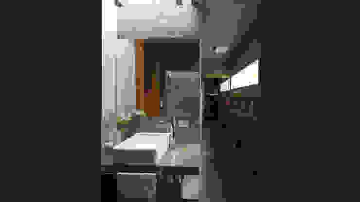 Casa S&S homify Baños minimalistas Hormigón