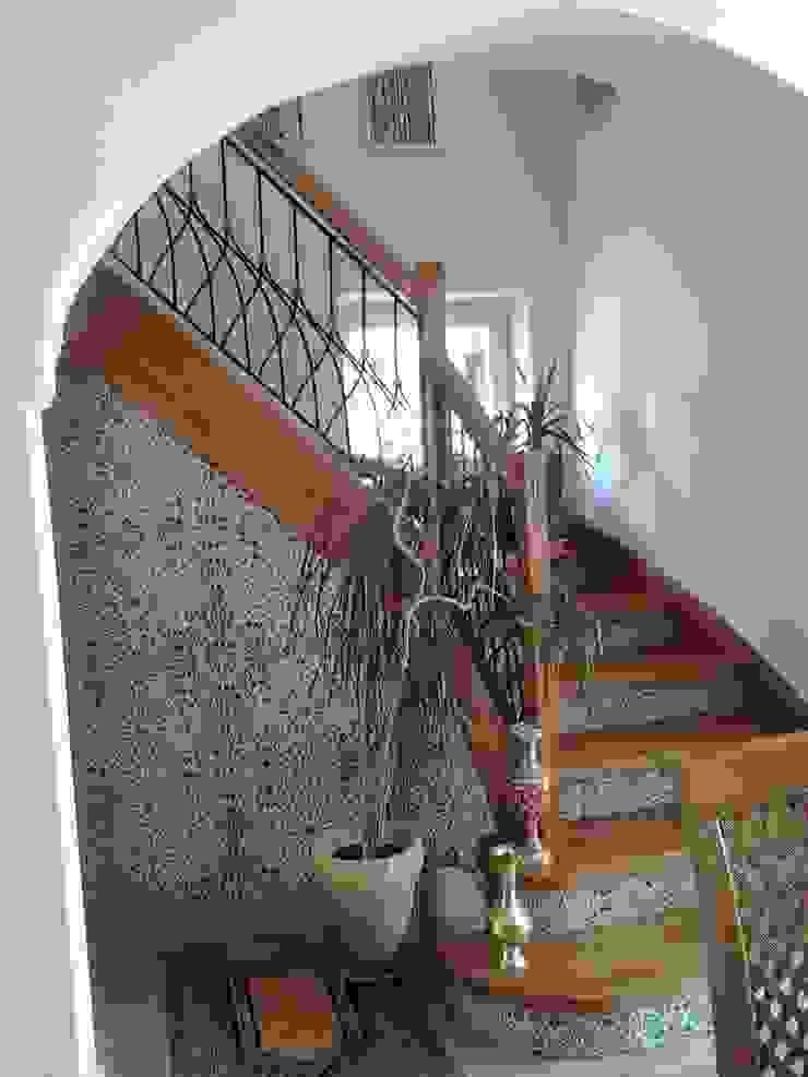 Kolory Maroka Couloir, entrée, escaliersEscaliers Céramique Multicolore