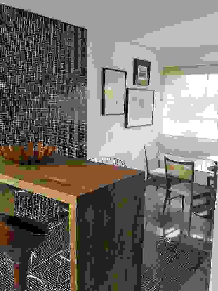 Casa nas alturas Salas de jantar modernas por Luciani e Associados Arquitetura Moderno