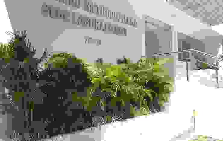 Jardin Laboratorio Universidad Metropolitana de ecoexteriores Ltda Tropical