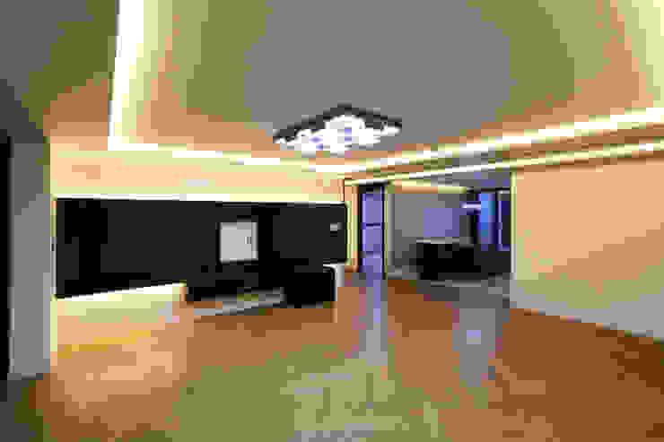 부천 중동 은하마을 48평형 아파트: 금화 인테리어 의  거실,모던