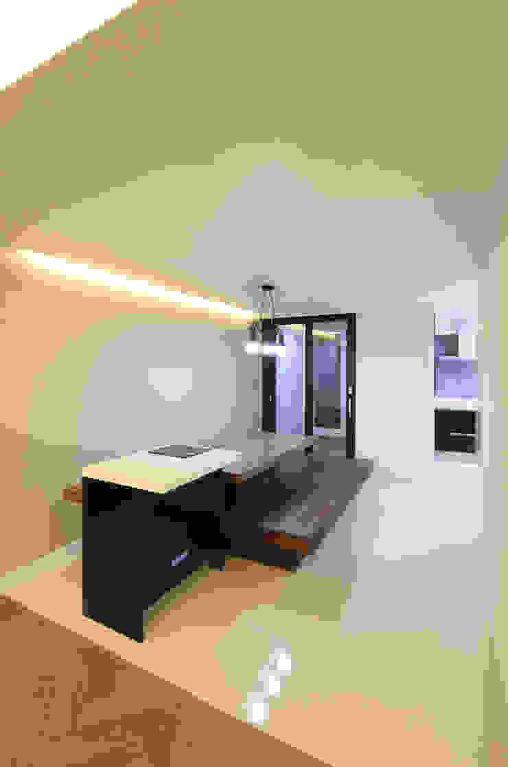 부천 중동 은하마을 48평형 아파트 모던스타일 다이닝 룸 by 금화 인테리어 모던