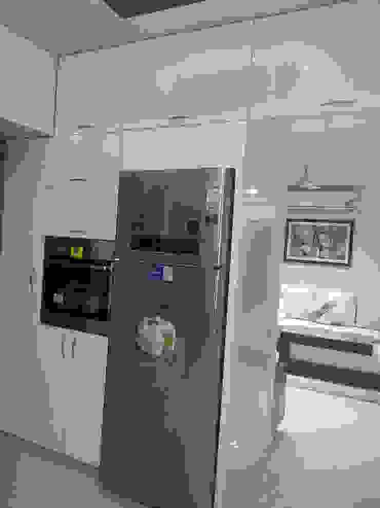 Kitchen3 Minimalist kitchen by ARK Architects & Interior Designers Minimalist