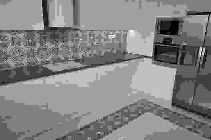 Kolory Maroka Dapur Modern Ubin White