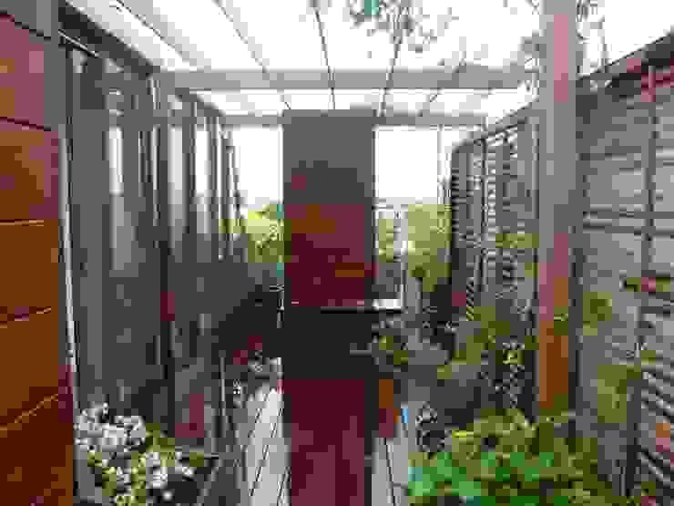 Terrace by Scènes d'extérieur, Modern