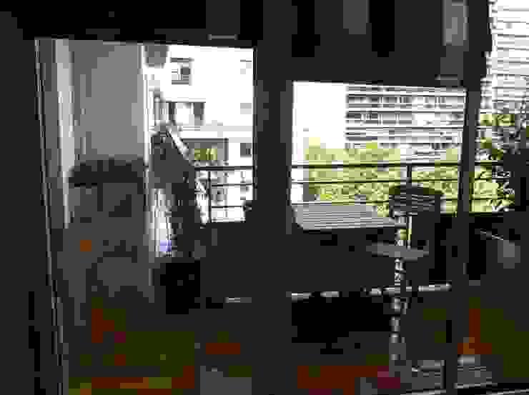 Modern Balkon, Veranda & Teras Scènes d'extérieur Modern