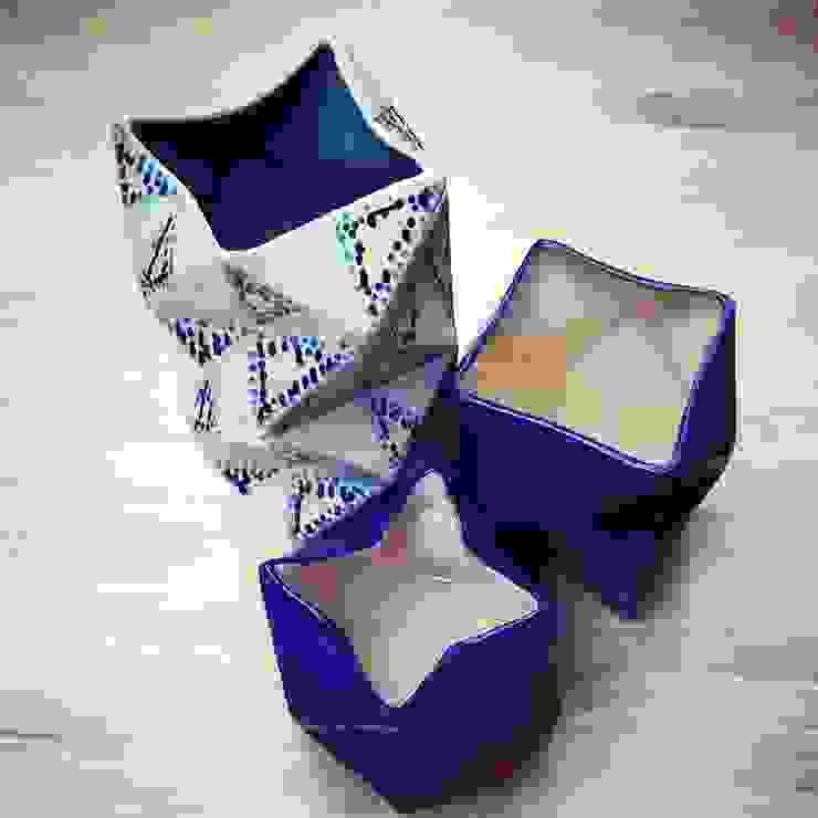 Floreros Origami de ManoLatina Moderno