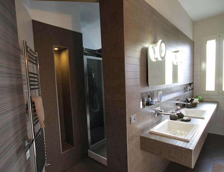 Studio Ferlenda Modern bathroom