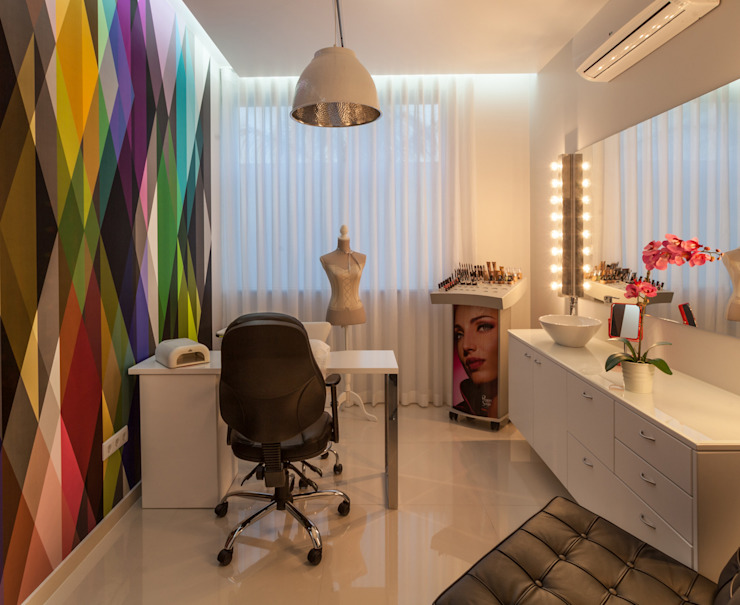 Gabinete de estética Lojas e Espaços comerciais modernos por Ready Solutions Moderno