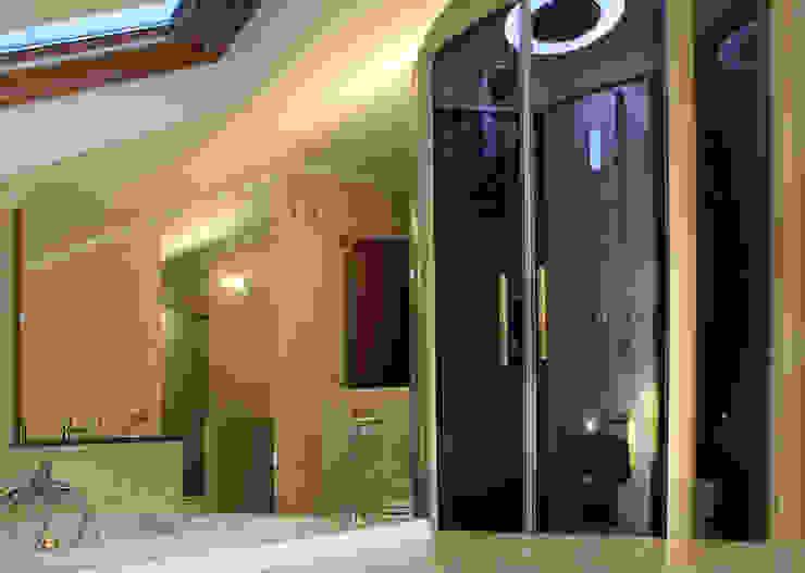 Ático Yue Baños de estilo moderno de LC arquitectura Moderno