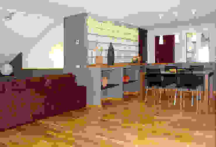 Ático Yue Salones de estilo moderno de LC arquitectura Moderno