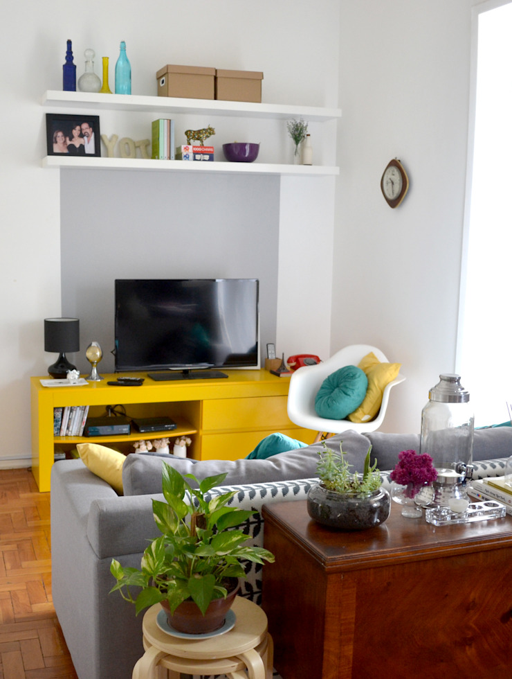 Moderne woonkamers van C|M Arquitetura e Design Modern