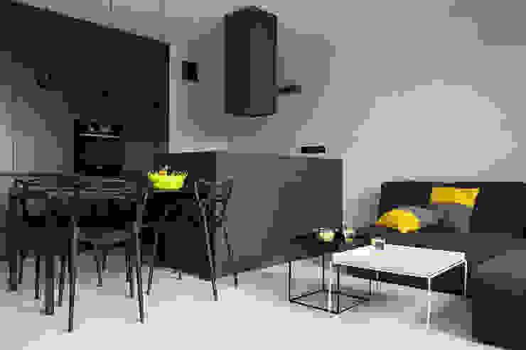 CC /_\ CONCRETE CONCEPT by KASIA ORWAT home design Minimalistyczny salon od WERONIKA TROJANOWSKA photographer Minimalistyczny