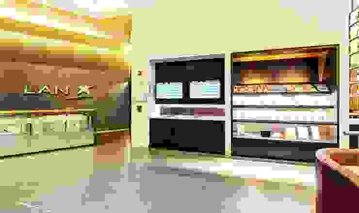 SALA INTERNACIONAL VIP DE LAN / AEROPUERTO EL DORADO / COLOMBIA de GRUPO CATA Moderno