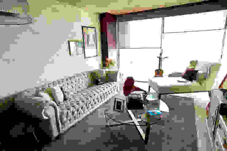 Phòng giải trí phong cách chiết trung bởi MAAD arquitectura y diseño Chiết trung