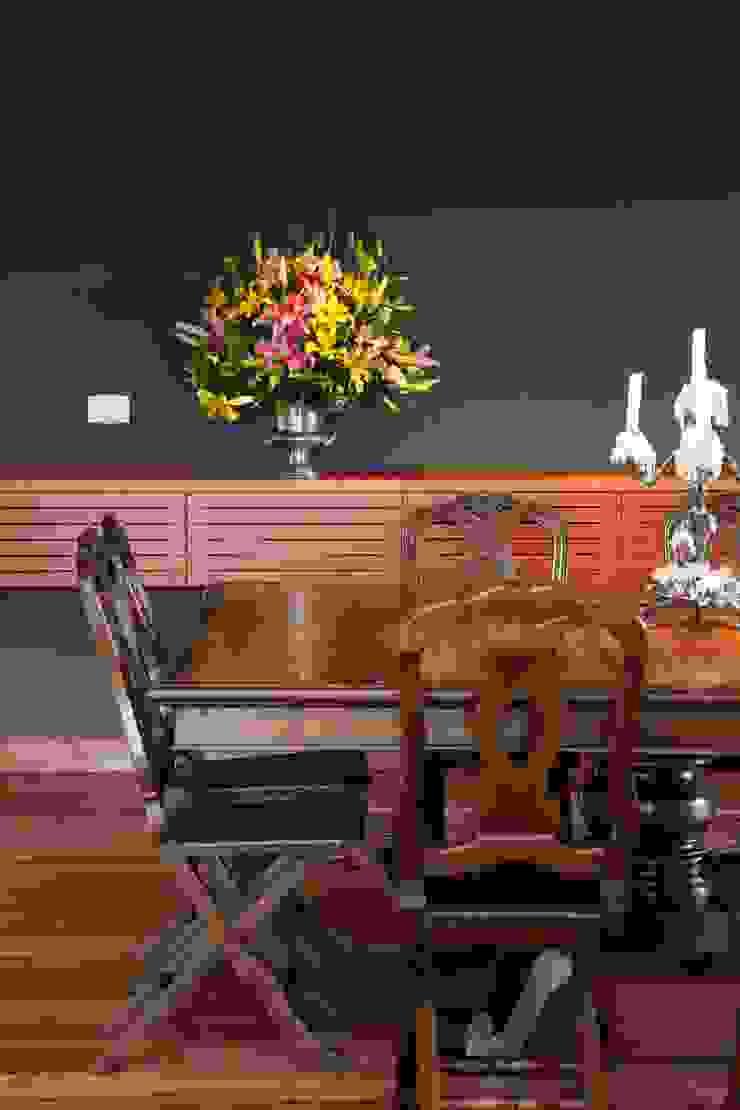 Carlos Salles Arquitetura e Interiores Comedores de estilo moderno