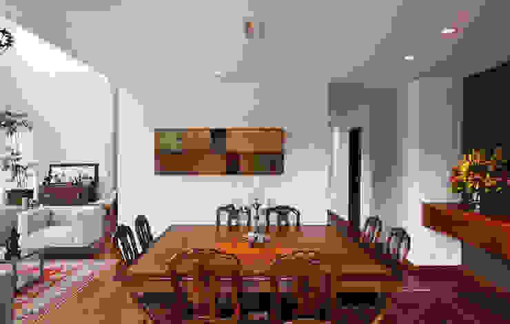 Comedores modernos de Carlos Salles Arquitetura e Interiores Moderno