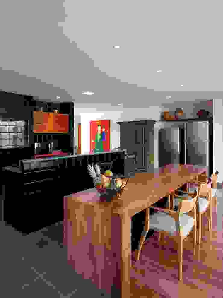 Carlos Salles Arquitetura e Interiores Cocinas de estilo moderno