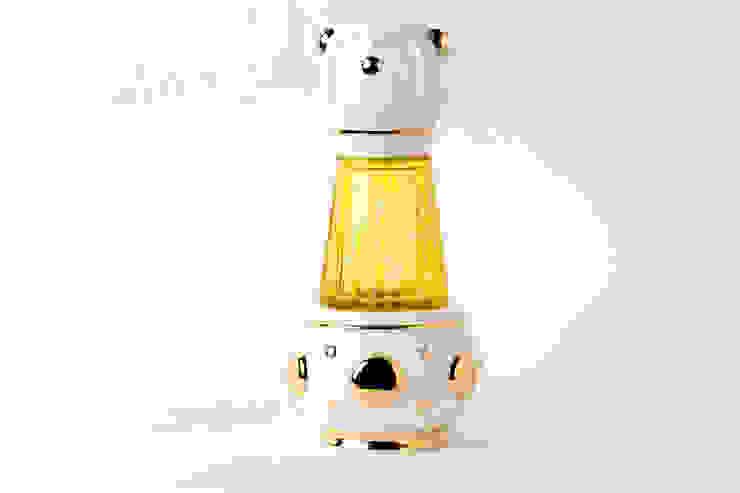 Mon from The Zoo Collection por Andre Teoman Studio Minimalista