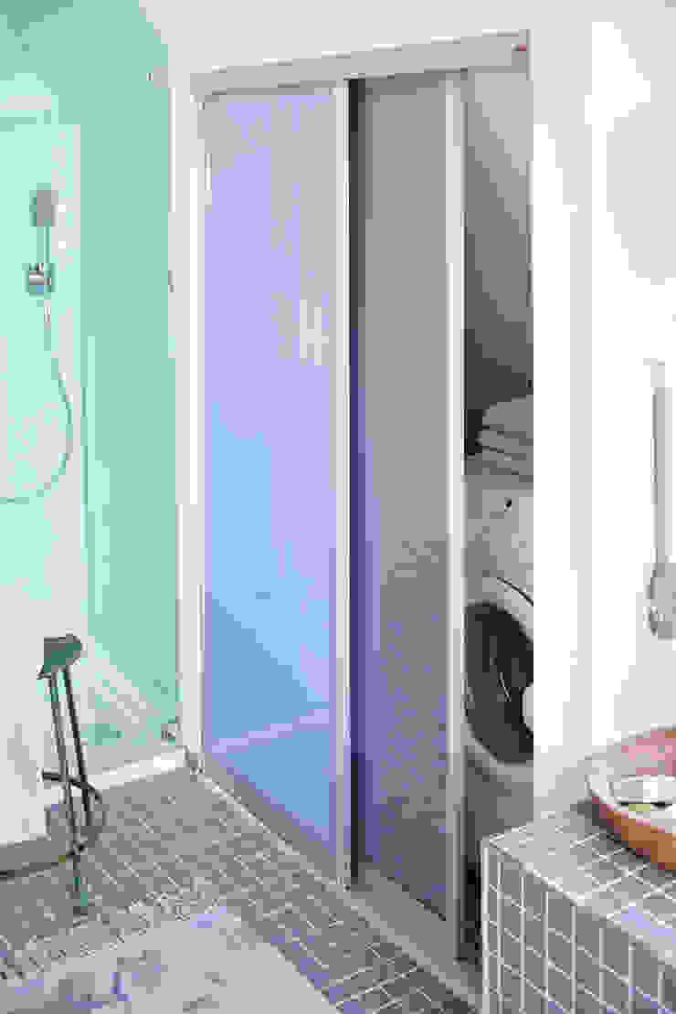 Mehr Ordnung im Bad Elfa Deutschland GmbH Moderne Badezimmer Glas Grau