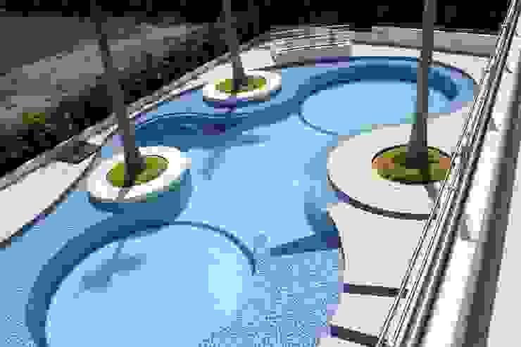 Modern Pool by homify Modern Ceramic