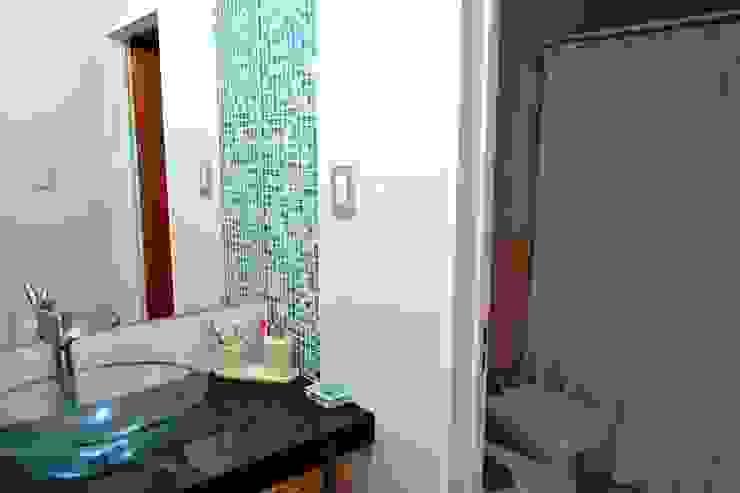 Casas de banho modernas por epb arquitectura Moderno
