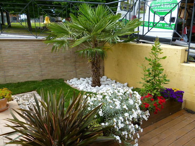 Garden by Studio Botanico Ventrone Dr. Fulvio, Modern