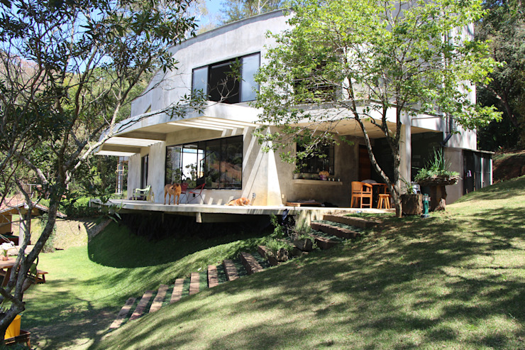 Nowoczesne domy od Carlos Salles Arquitetura e Interiores Nowoczesny