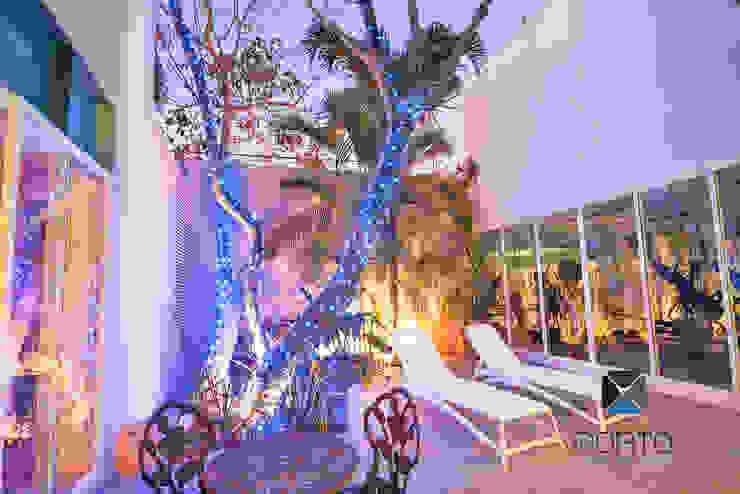 Jardines eclécticos de PORTO Arquitectura + Diseño de Interiores Ecléctico