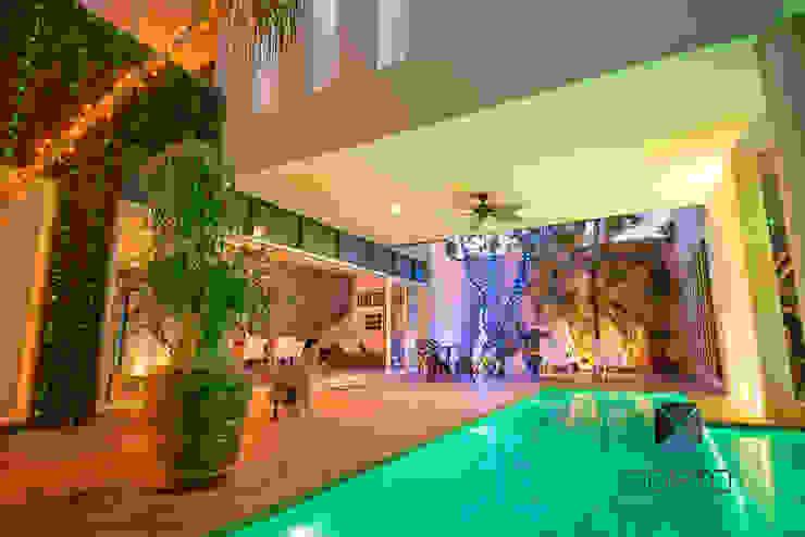 Segunda parte proyecto <q> La Ramona</q>. Jardines eclécticos de PORTO Arquitectura + Diseño de Interiores Ecléctico